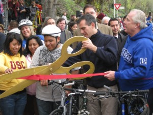 Then Councilmember Eric Garcetti opens a part of the bike path along the Los Angeles River in 2011. (Jim Burns)