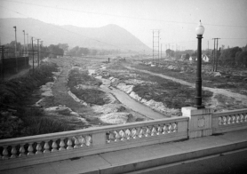 VIEW from the Glendale/Hyperion Bridge in 1937. (Courtesy LA Public Library)