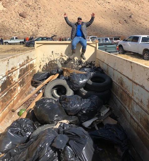 chris-leonard-with-all-trash-collected.jpeg